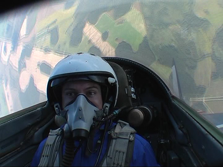 high G-force loops in a MIG-29