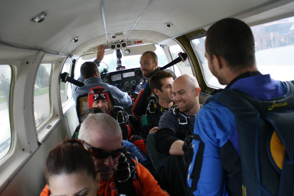 Plane loaded! Skydiving at Gatineau Airport