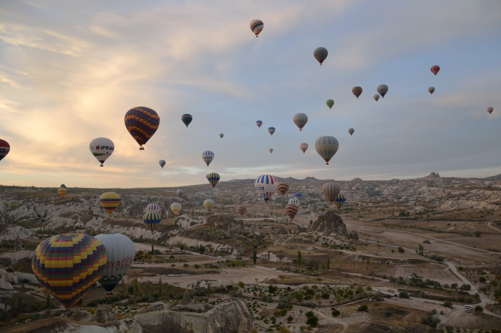 hot air balloon ride cappadocia