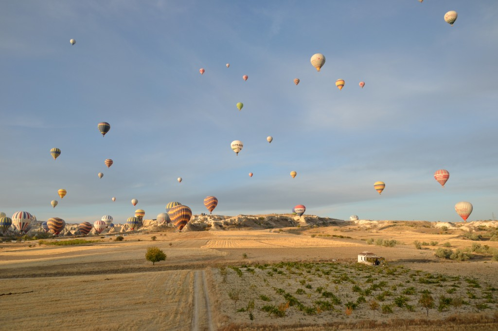 landing a cappadocia hot air balloon ride